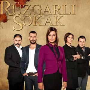 ruzgarli-sokak-dizisi