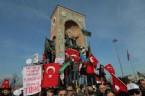TAKSIM MEYDANı - Hocalı Katliamına Taksimde Dev Protesto