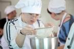 Ünlü İsimler Engellilerle Birlikte Mutfağa Girdi