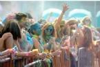 HINDU - New York'ta Holi Festivali