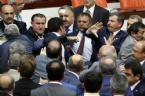 AK Parti Ve MHP Milletvekilleri Birbirine Girdi