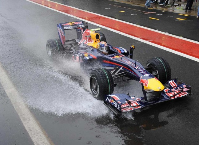 Yağmurlu Havada F1 Heyecanı
