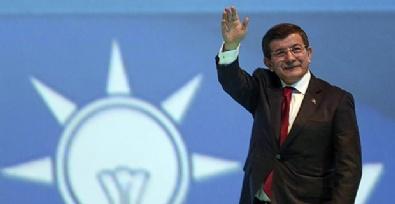 Son Seçim Anketinde AK Parti Yüzde 44'e Yükseldi