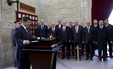 64. Hükümet Üyelerinden Anıtkabir Ziyareti