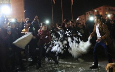 Eskişehir'de yastık savaşı