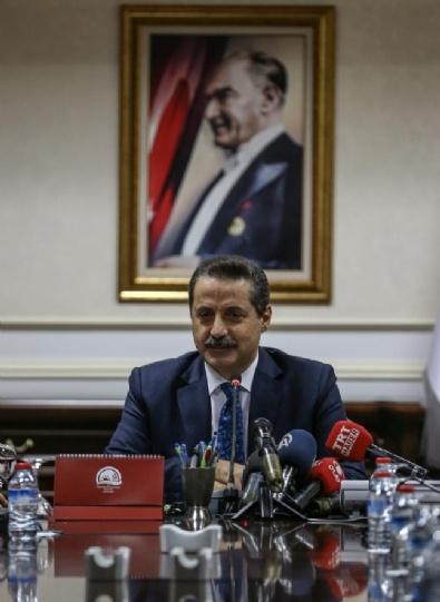 HAYVANCILIK - Faruk Çelik, Akdeniz İhracatçılar Birliği Yönetim Kurulunu Bakanlıkta Kabul Etti.
