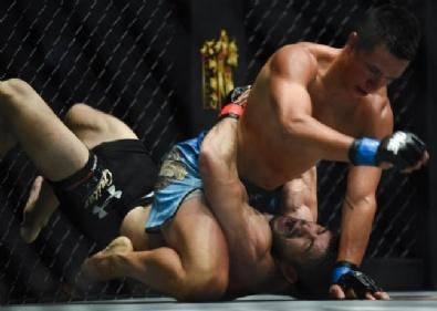 DÖVÜŞ OYUNU - Karma Dövüş Sanatları Şampiyonası