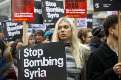 suriye - İngiltere'de Suriye'ye Saldırı Protestosu