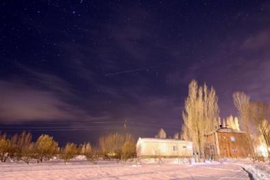 METEOR YAĞMURU - Van'da Meteor Yağmuru Gözlendi
