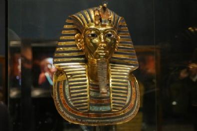 İşte Firavun Kralının Maskesi
