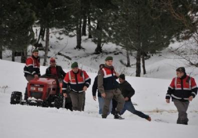 2 metre karda nefes kesen çalıntı traktör operasyonu