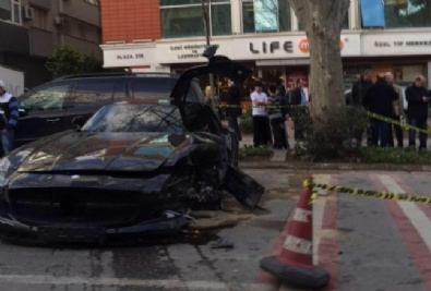 Tolga Çevik Trafik Kazası Yaptı