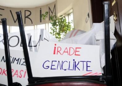 CHP'deki İşgal Eylemi İkinci Gününde