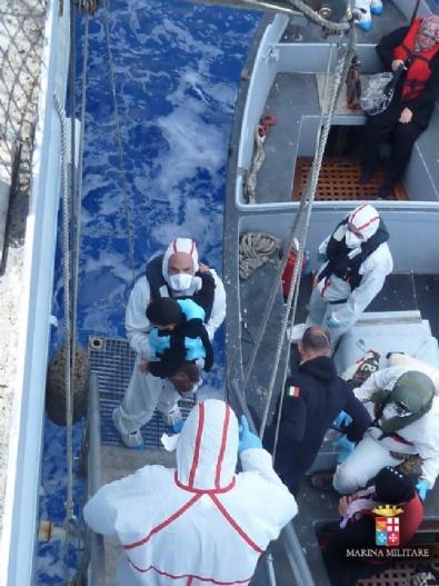 Akdeniz'de Kaçak Göçmen Akını