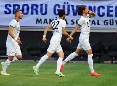Akhisar Belediyespor - Beşiktaş Maçından En Güzel Fotoğraflar