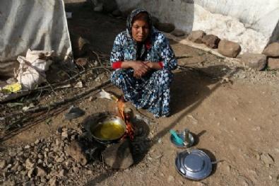 Suriyelilerin Çadırlardaki Zorlu Yaşamı