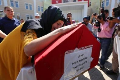 Şehit Polisin Eşinin Feryadı Yürekleri Dağladı