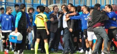 KAYSERI ERCIYESSPOR - Adana Demirspor - Kayseri Erciyesspor Maçında Kavga Çıktı