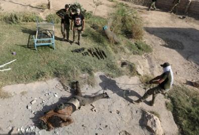birlesmis milletler - IŞİD Musul'da Onlarca Sivili Elektrik Direklerine Astı!