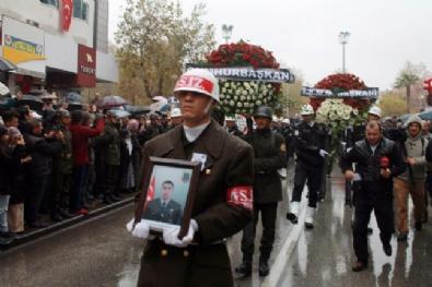 UZMAN ÇAVUŞ - Vatandaş Askerine Böyle Sahip Çıktı
