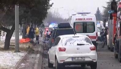ERCIYES ÜNIVERSITESI - Kayseri'de Bombalı Saldırı