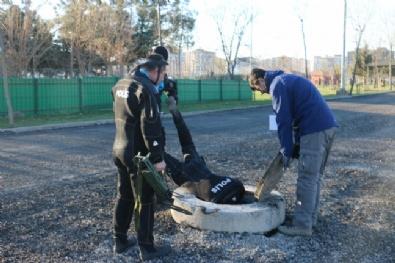 Polis Kanalizasyonda Bile Bomba Araması Yaptı