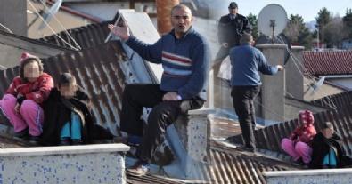 aile kavgasi - Eşi Evi Terk Edince Çocuklarıyla Çatıya Çıktı