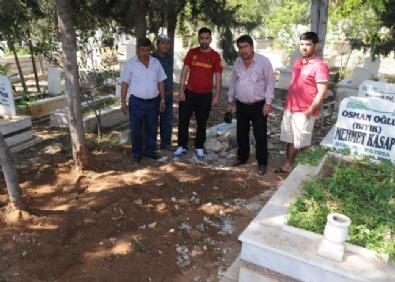 ÖZGECAN ASLAN - Suphi Altındöken'in Mezarı Erdemli'de İddiası Vatandaşı Ayaklandırdı