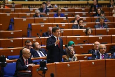 Ahmet Davutoğlu'na İlk Tebrik Baykal'dan Geldi