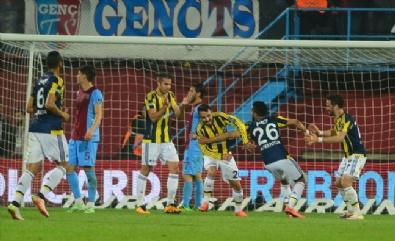 TRABZONSPOR - Trabzonspor - Fenerbahçe Karşılaşmasından En Güzel Fotoğraflar