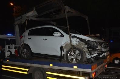 Ünlü Sanatçı Dün Gece Trafik Kazası Geçirdi