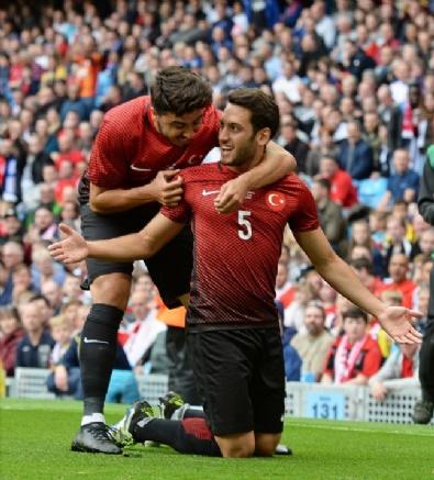 İngiltere - Türkiye Maçından Kareler