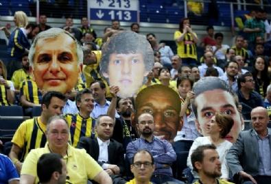 Fenerbahçe Yolu Yarıladı!