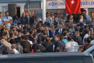Erdoğan Ve Yıldırım, 16 Köylünün Hayatını Kaybettiği Tanışık Köyünü Ziyaret Etti