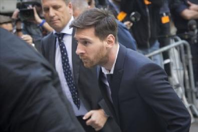 Messi Hakim Karşısında