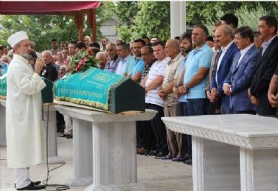 AHMET DAVUTOĞLU - Ahmet Davutoğlunu Camide Ölümle Tehdit Eden Zanlı Gözaltında