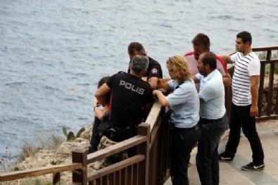 Polisin Uzattığı Elle Ölümden Döndü