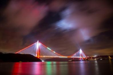 Yavuz Sultan Selim'in Işıkları Yandı