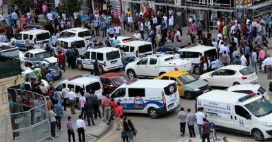 Erzurum'da meydan savaşı gibi kavga