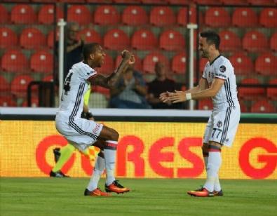 Akhisar - Beşiktaş Maçından Kareler