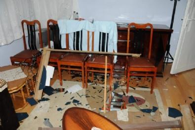 Eskişehir'de Bıçaklı Ve Baltalı Saldırgan Kabusu