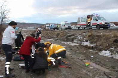 Kütahya Tavşanlı'da feci kaza: 1 ölü 14 öğrenci yaralı