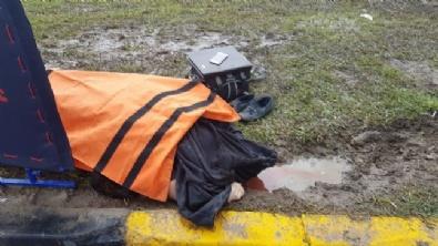 Antalyada Tur Minibüsü Devrildi: 3 Turist Öldü