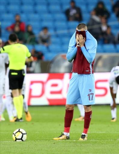 Trabzonspor - Akhisarspor Karşılaşmasından En Güzel Fotoğraflar