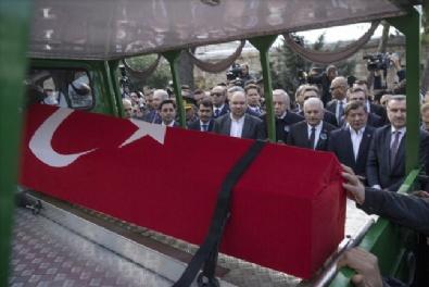 NAİM SÜLEYMANOĞLU - Naim Süleymanoğlu son yolculuğuna uğurlandı