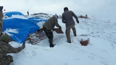 Mehmetçik Kato Dağı'nda Hem Terörle, Hem De Karla Mücadele Ediyor