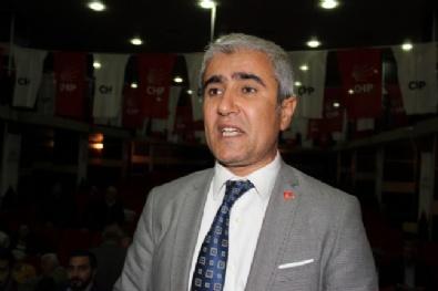 CHP'li Başkana Eski Başkandan Yumruk