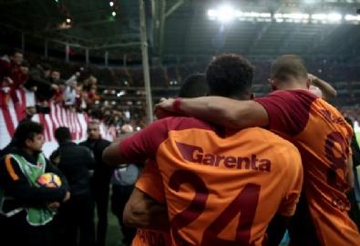 Galatasaray 4-2 Akhisarspor Maçtan Kareler