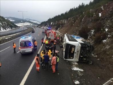 Ankarada Yolcu Otobüsü Devrildi