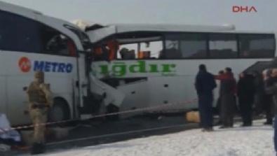 SINIR KAPISI - Katliam gibi kaza! 6 ölü, 16 yaralı